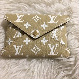 LOUIS VUITTON LIMITED EDITION KIRIGAMI